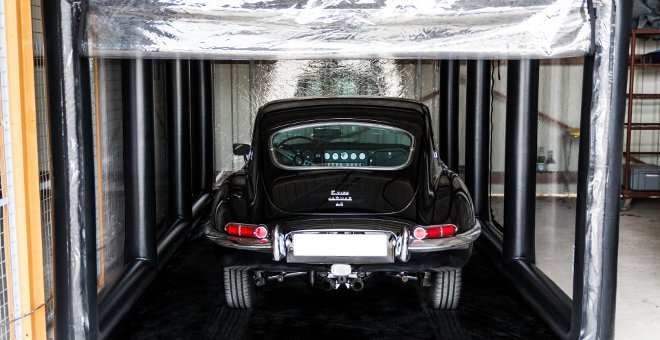Jaguar E-Type im ShowCase Galeriebild